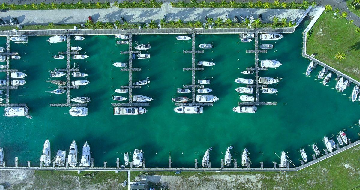Palm Cay Marina & Navtours