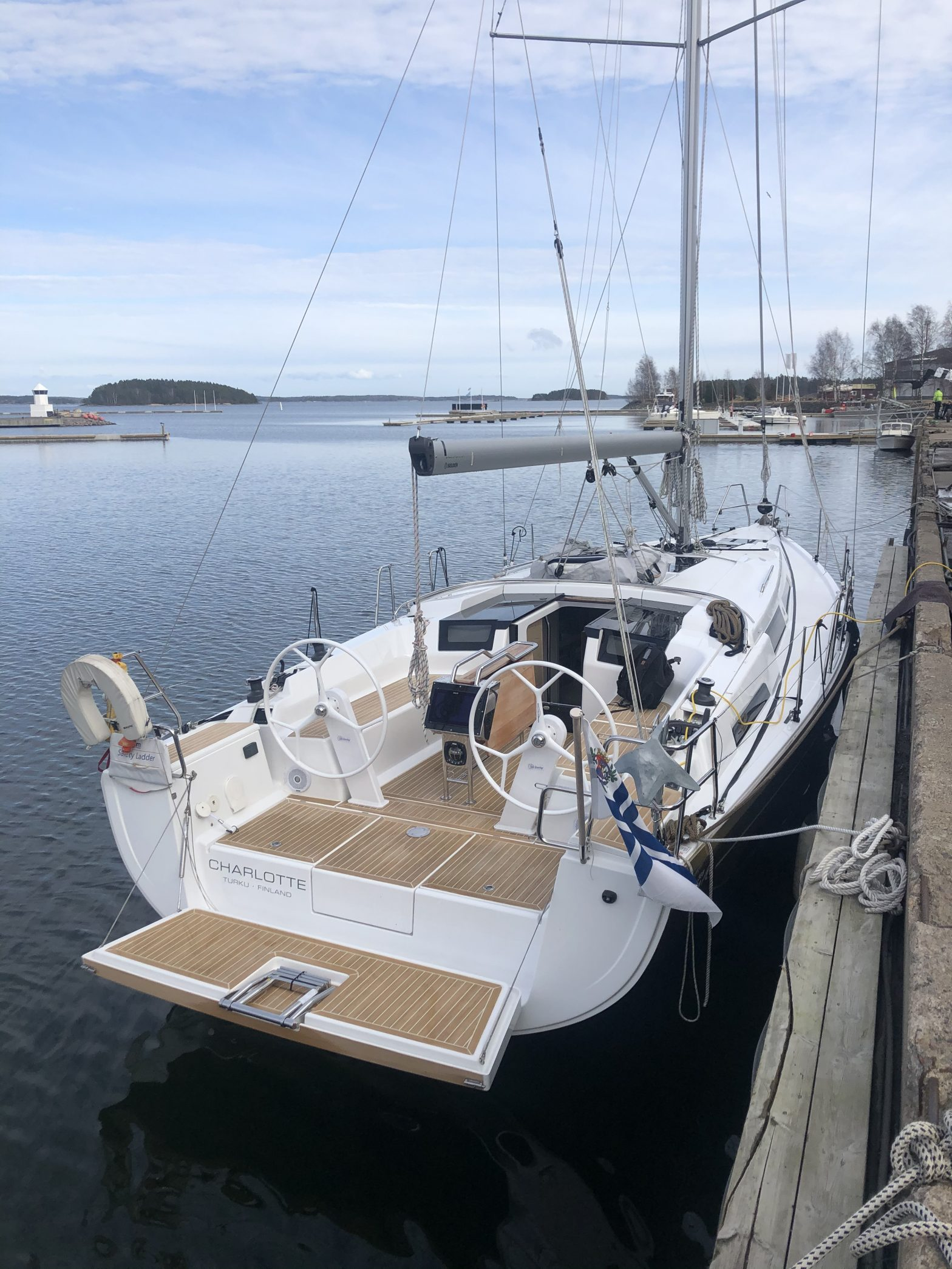 s/y Charlotte, Hanse 388 in Dalsbruk