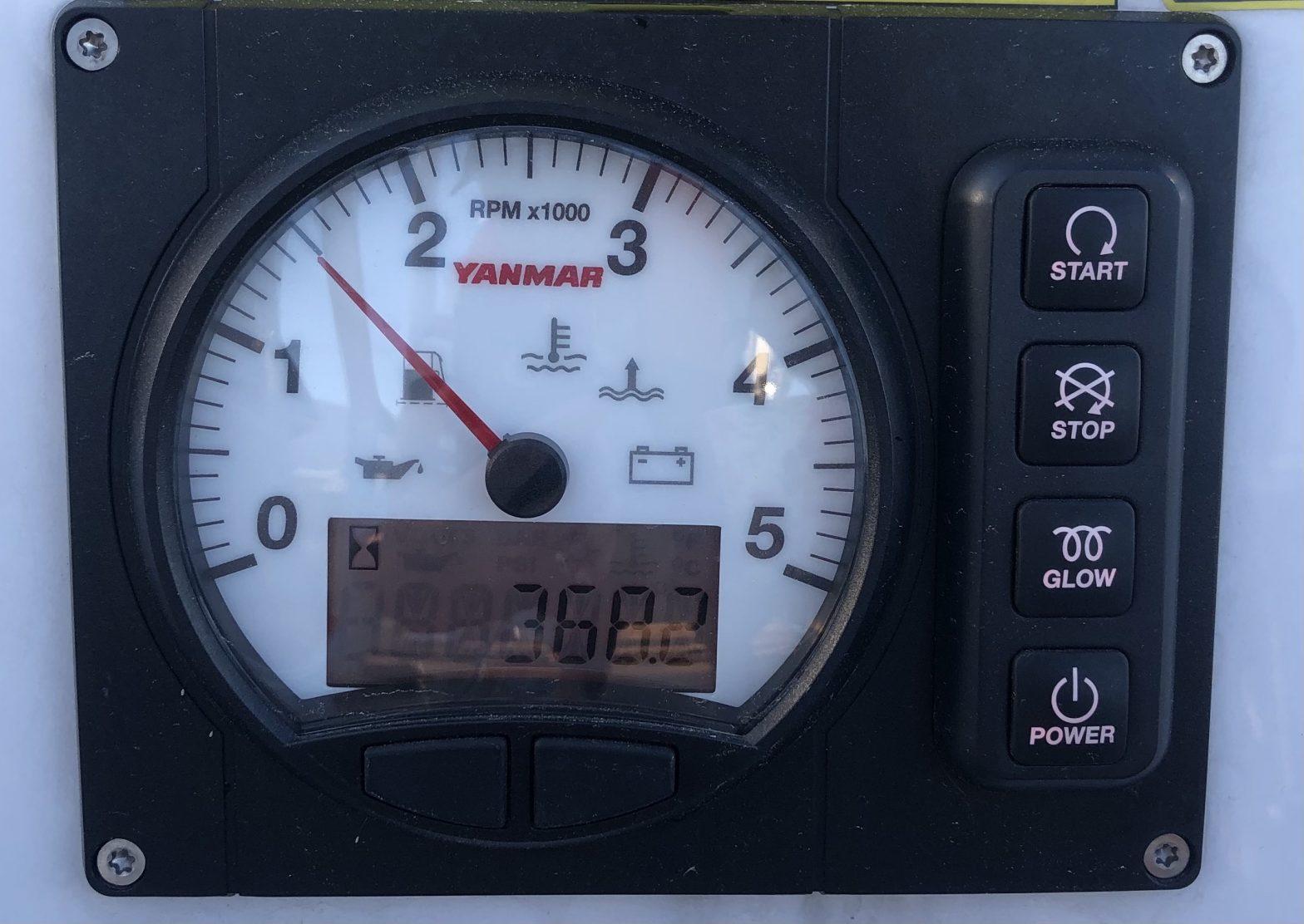 Hanse 388 motoring speed 4.0 knots at 1500 rpm